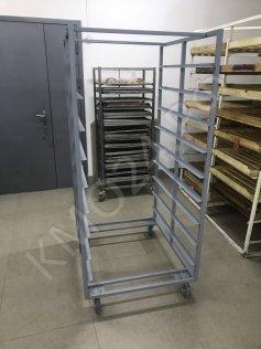 Тележка-шпилька ТШ-9 для хлебных лотков